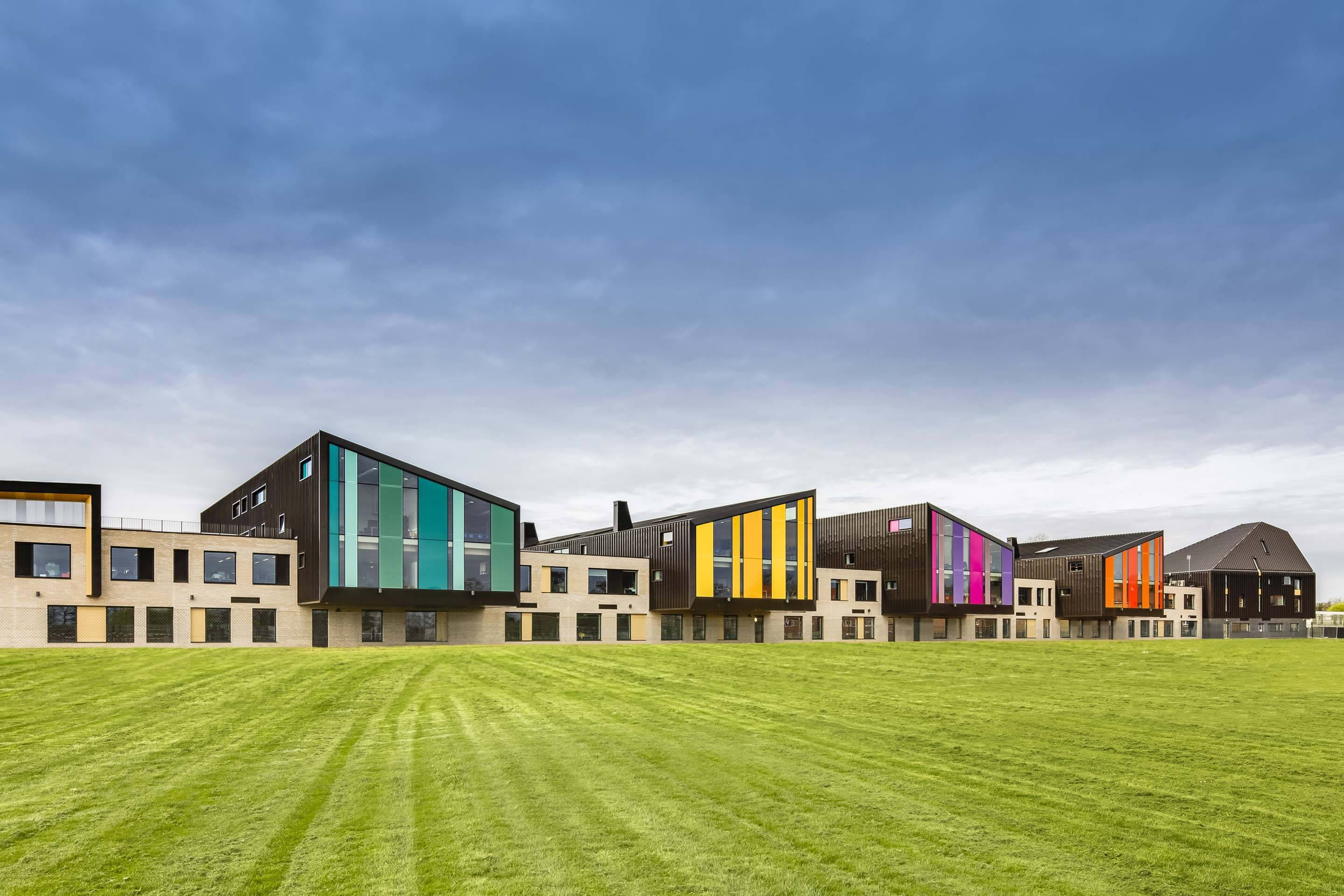 Three Rivers Academy – Vibrant facades
