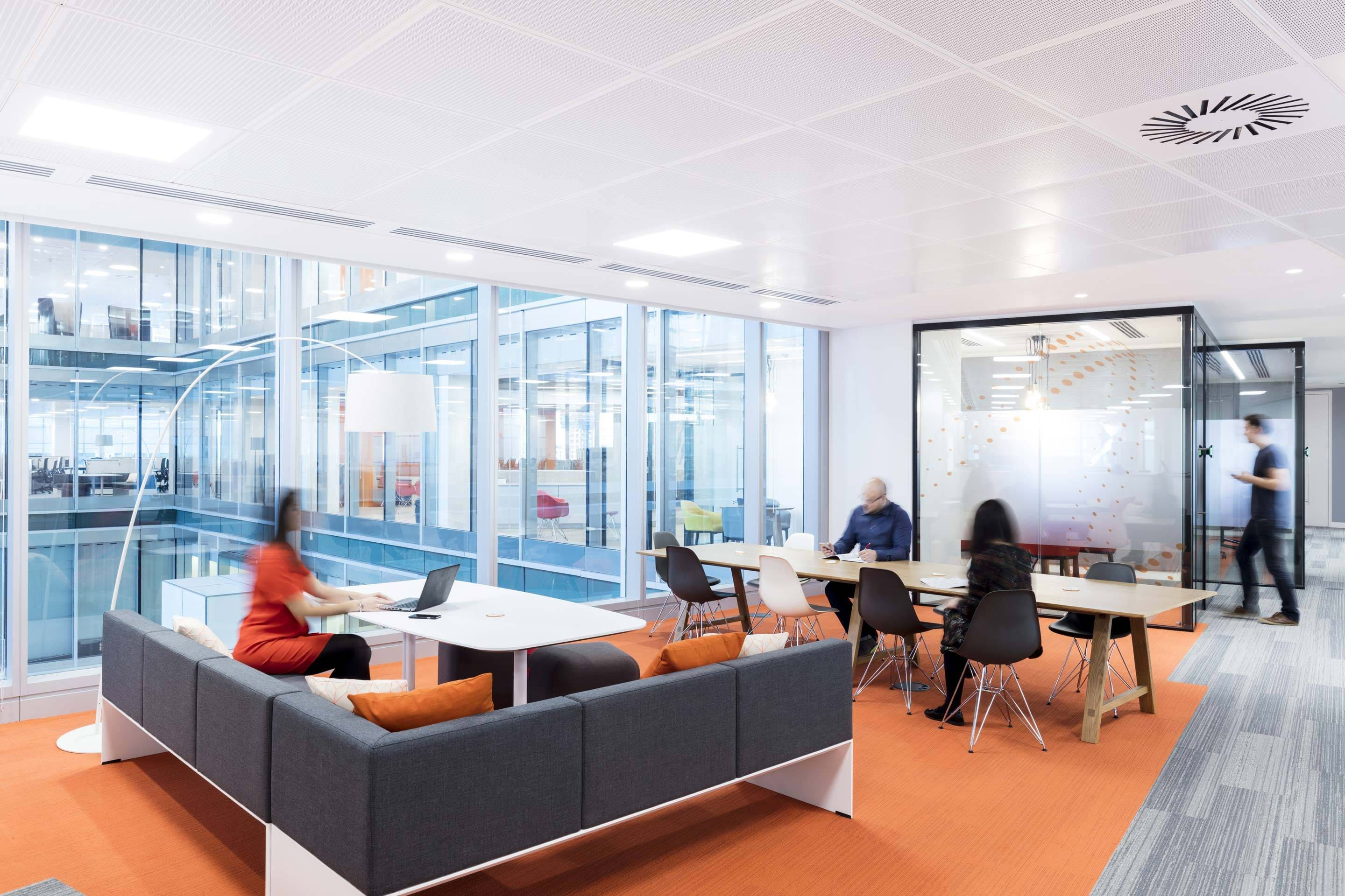 Thomson Reuters – Breakout spaces